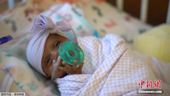资料图:初生女婴。